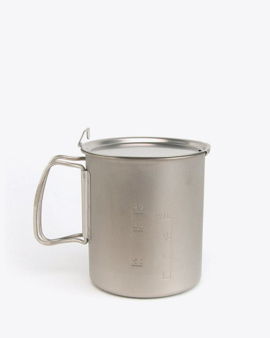 Trek 700 Titanium Pot - Pair this cook pot with the Lite Max stove and you have a nice and compact cook system.  This pot is a nice oversized coffee cup as well for when you need a big cup of coffee in the morning.Titanium heats up and cools down fast.