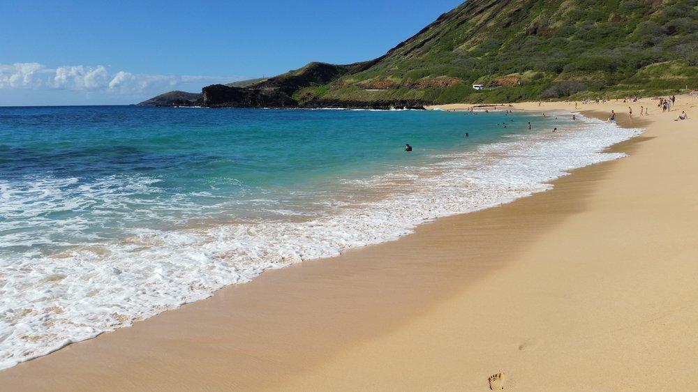 Sandy Beach Park is just minutes from Laule'a Kai Estates