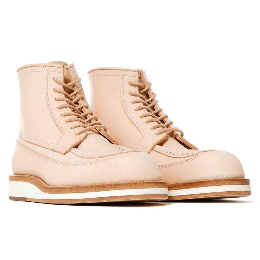 sacai-Hender-Scheme-Boots-Beige-2_2048x2048.jpg