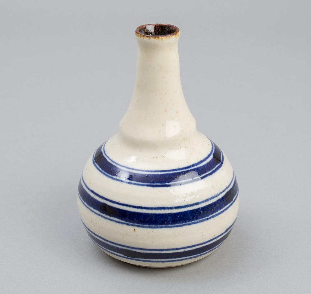 The_Hill-Side_Endo_Pottery_Tokkuri_Vase_Endo_Stripes_CE2-05_X1.jpeg