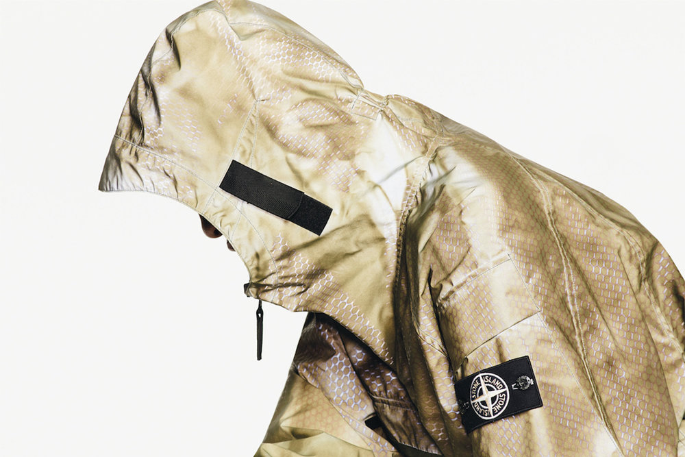 stone-island-prototype-research-series-01-reflective-jacket-1.jpg