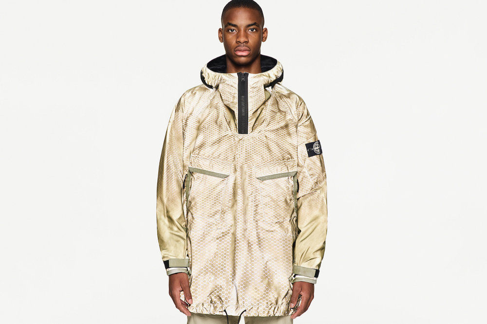 stone-island-prototype-research-series-01-reflective-jacket-3.jpg