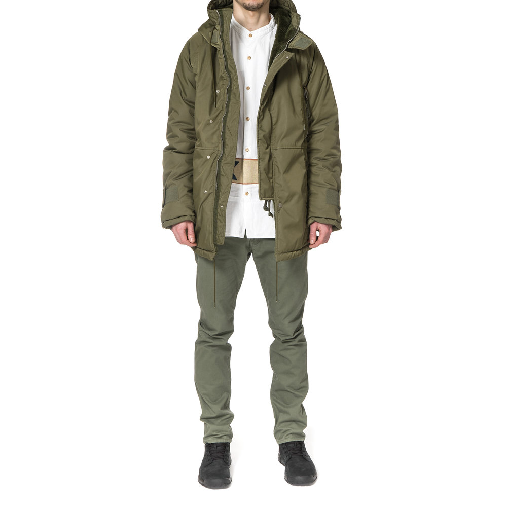 nonnative-Trooper-Hooded-Boa-Coat-Poly-Twill-Dicros-Solo-OLIVE-5.jpg
