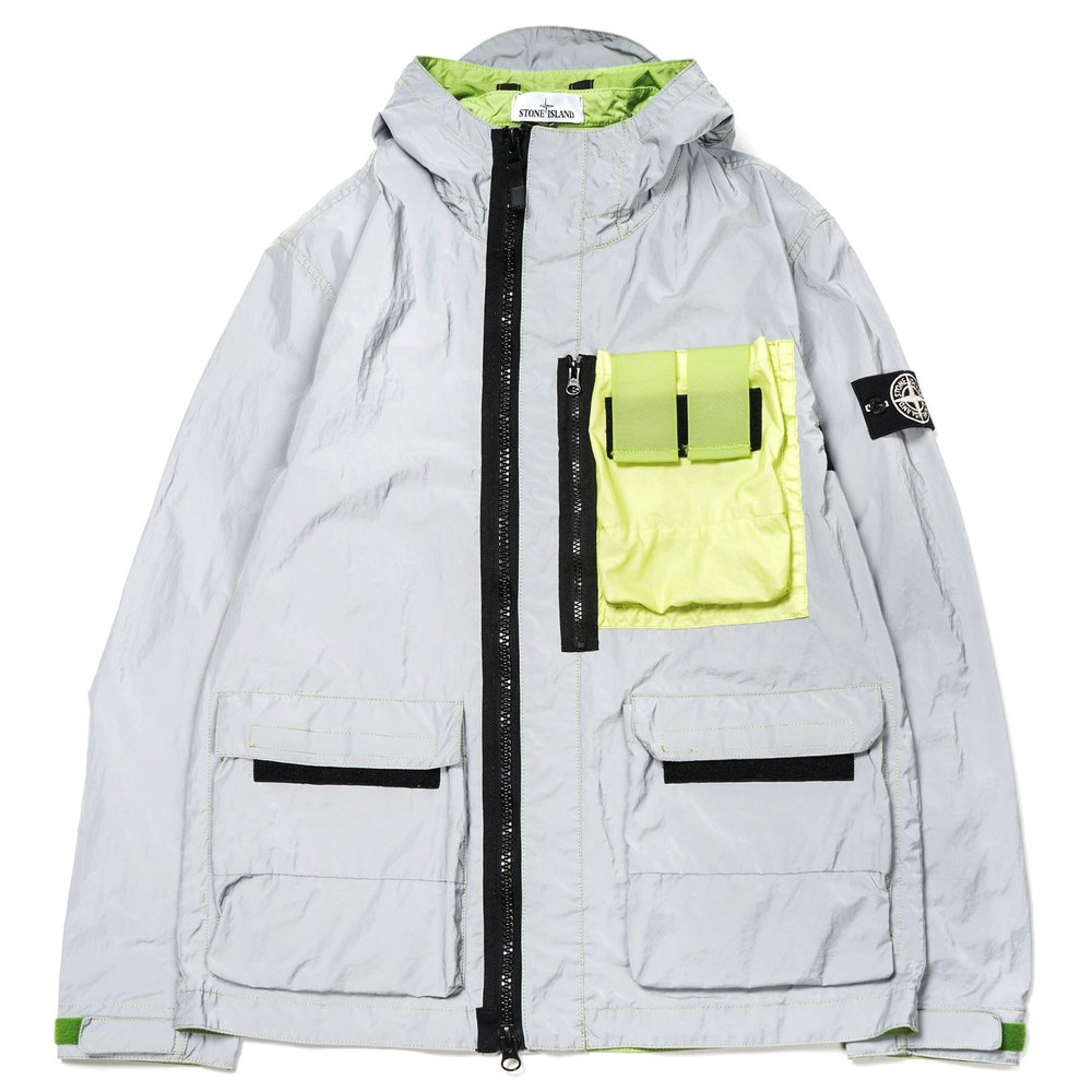 Stone-Island-Garment-Dyed-Plated-Reflective-White-Mussola-Gommata-Jacket-PISTACCHIO-1_2048x2048.jpg