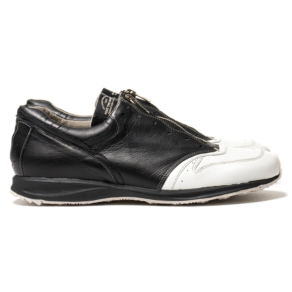 foot-the-coacher-F.A.S.t.-seires-1603-Front-Zip-Black-White-1_2048x2048.jpg