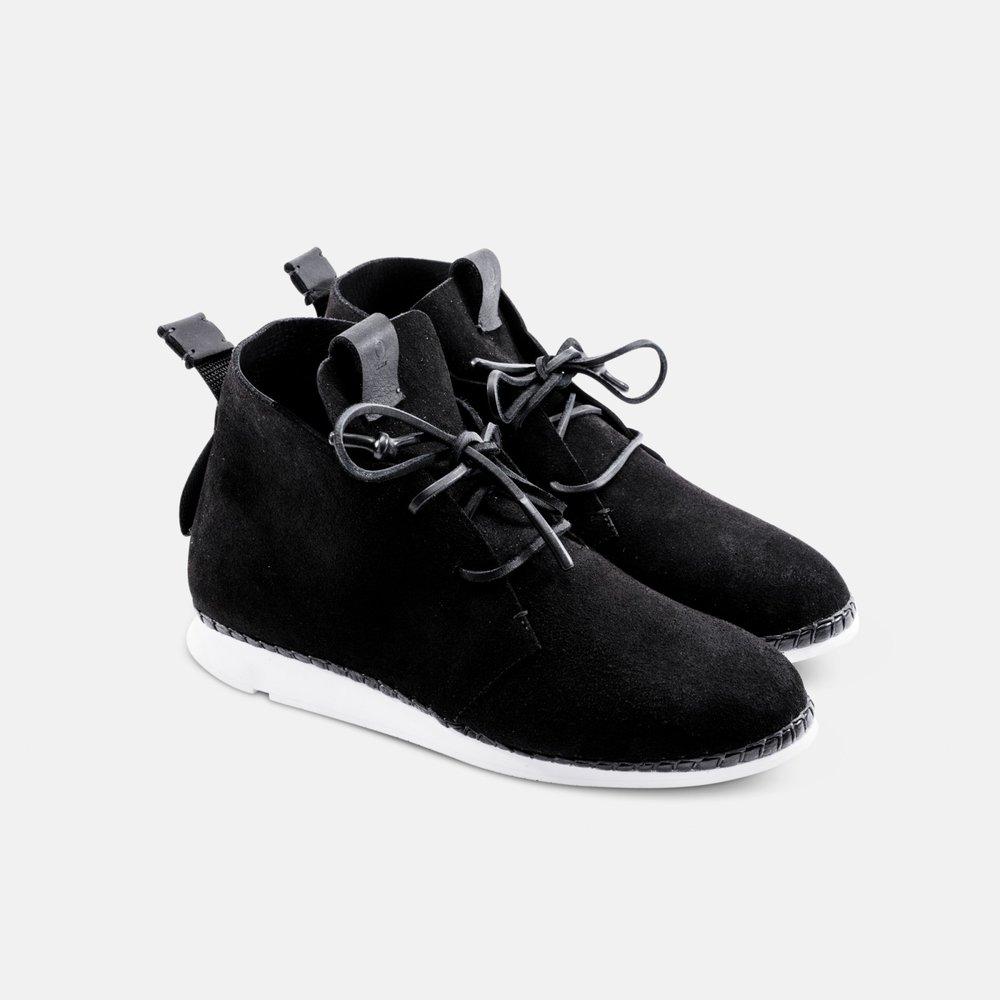 black_pair.jpg