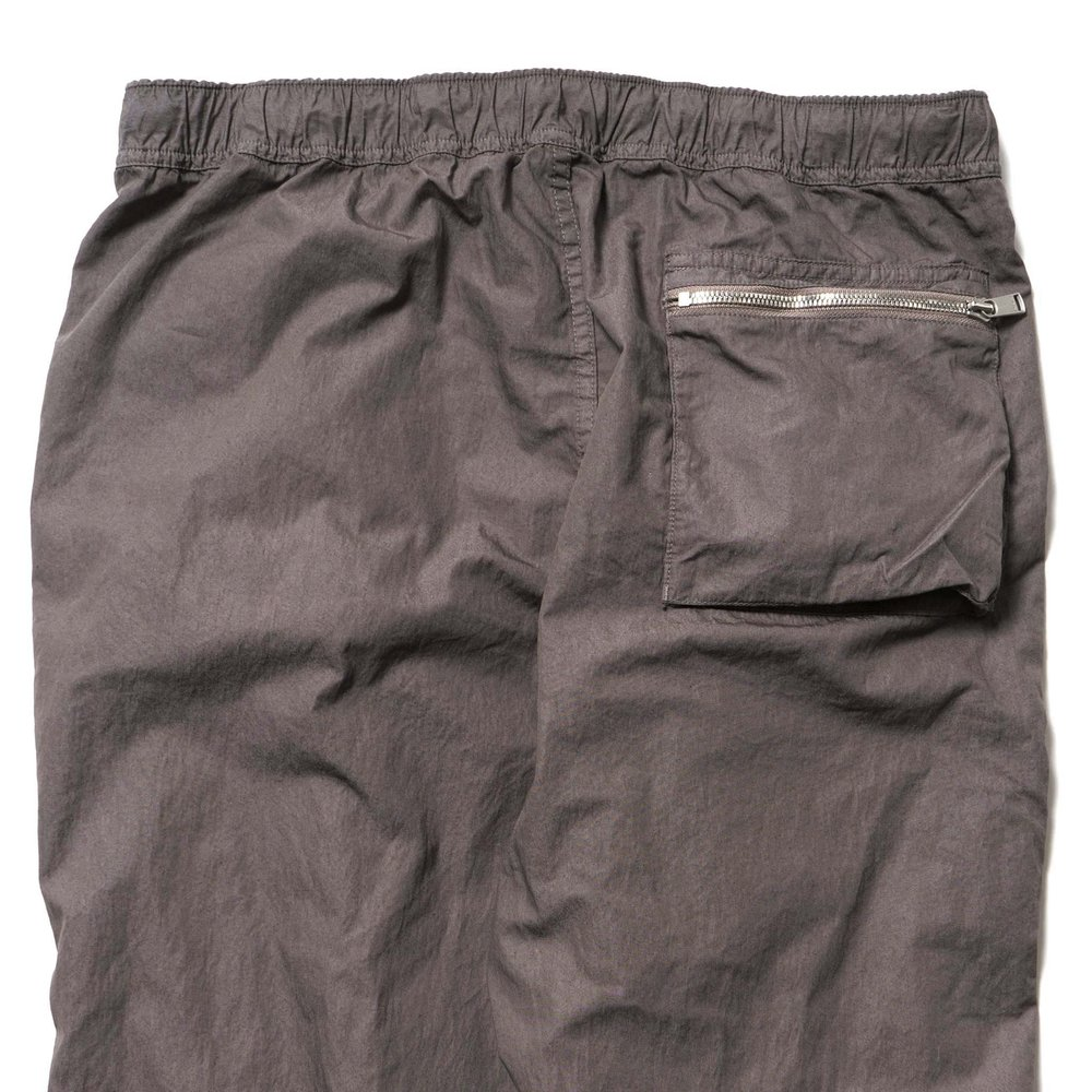 nonnative-Trooper-Easy-Pant-Relax-Fit-CN-Weather-Overdyed-STONE-3_2048x2048.jpg