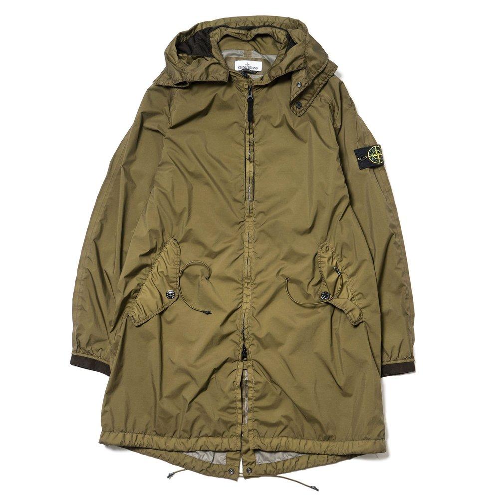 Stone-Island-Garment-Dyed-Performance-Tela-Jacket-Military-Green-1_2048x2048.jpg