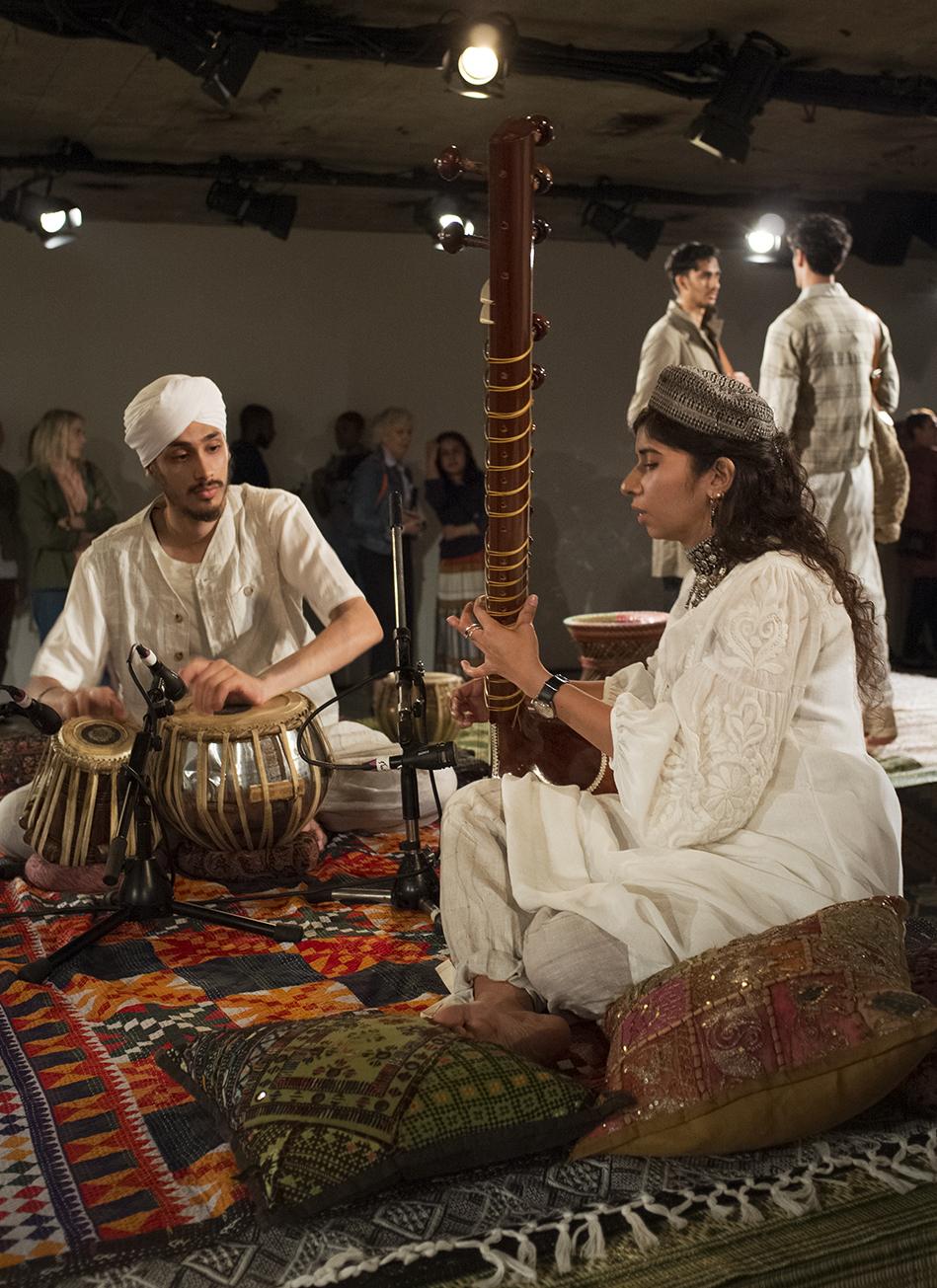 Nicholas Daley SS18 Presentation Image _ Nabihah Iqbal on sitar and Golu Singh Gaba on tabla _ Photo Anastasia Sheveleva.jpg