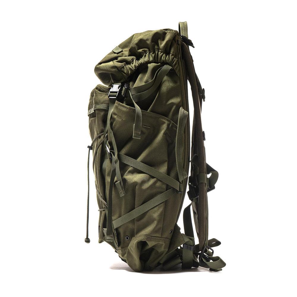 Porter-Paramount-Packer-Backpack-28L-Olive-2-2.jpg
