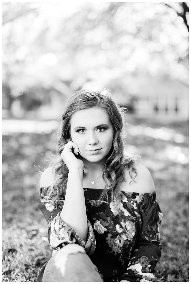 Taylor_Roswell Senior Photos_Atlanta Senior Photographer_Abby Breaux Photography_0010.jpg