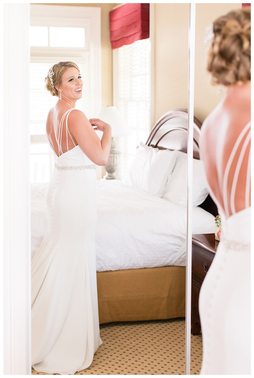 Caroline and Bo_Hawks Ridge Golf Club Wedding_Abby Breaux Photography_0031.jpg