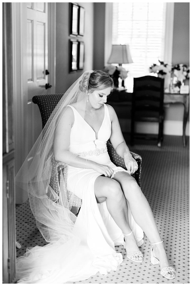 Caroline and Bo_Hawks Ridge Golf Club Wedding_Abby Breaux Photography_0039.jpg