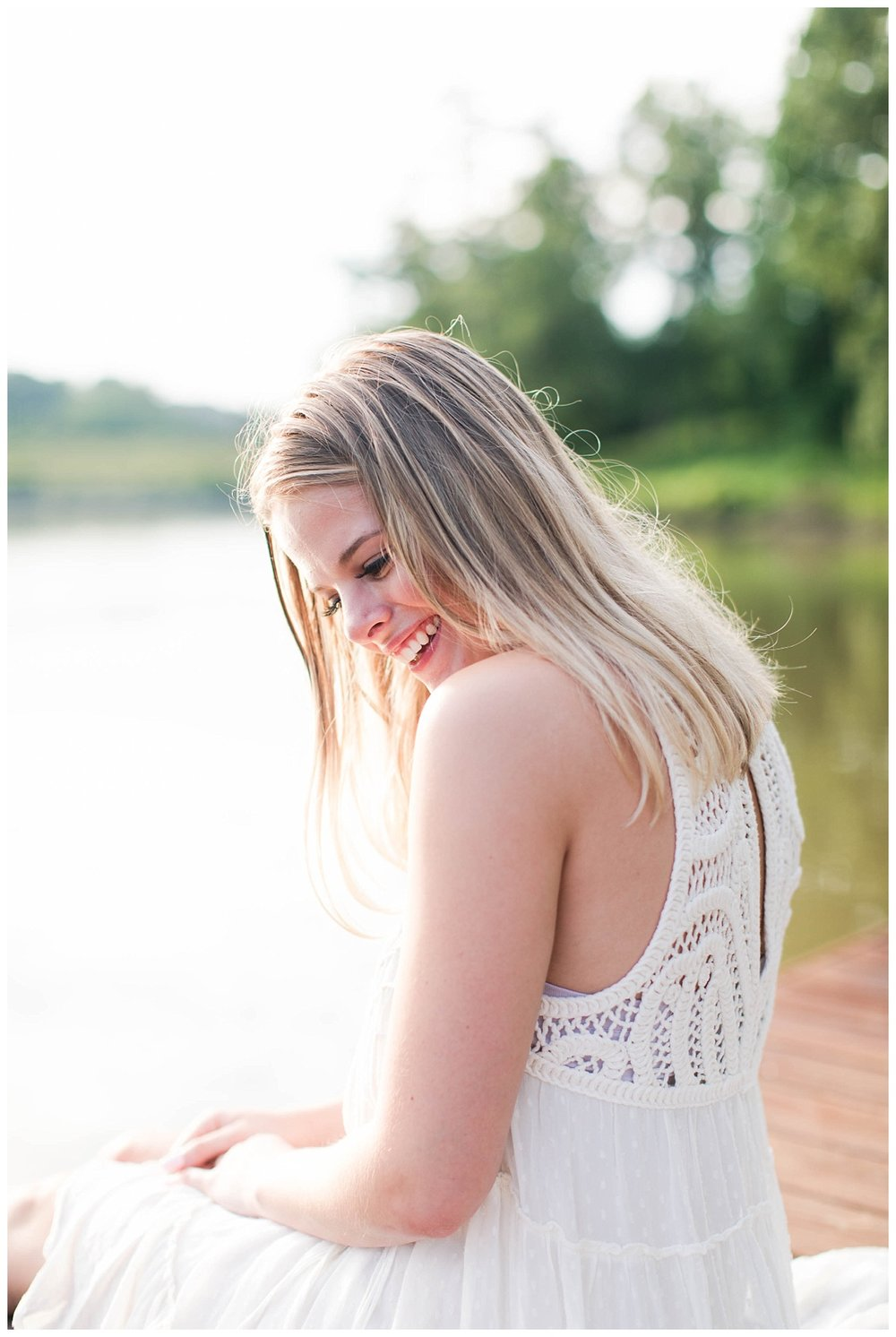 Lake Senior Session_Maddie_Abby Breaux Photography_Flowery Branch_0009.jpg