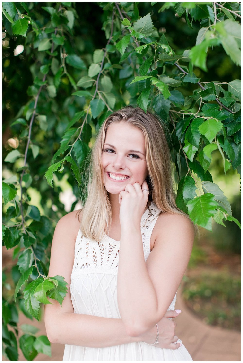 Lake Senior Session_Maddie_Abby Breaux Photography_Flowery Branch_0012.jpg