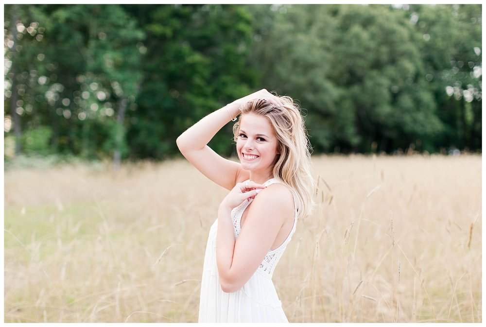 Lake Senior Session_Maddie_Abby Breaux Photography_Flowery Branch_0020.jpg