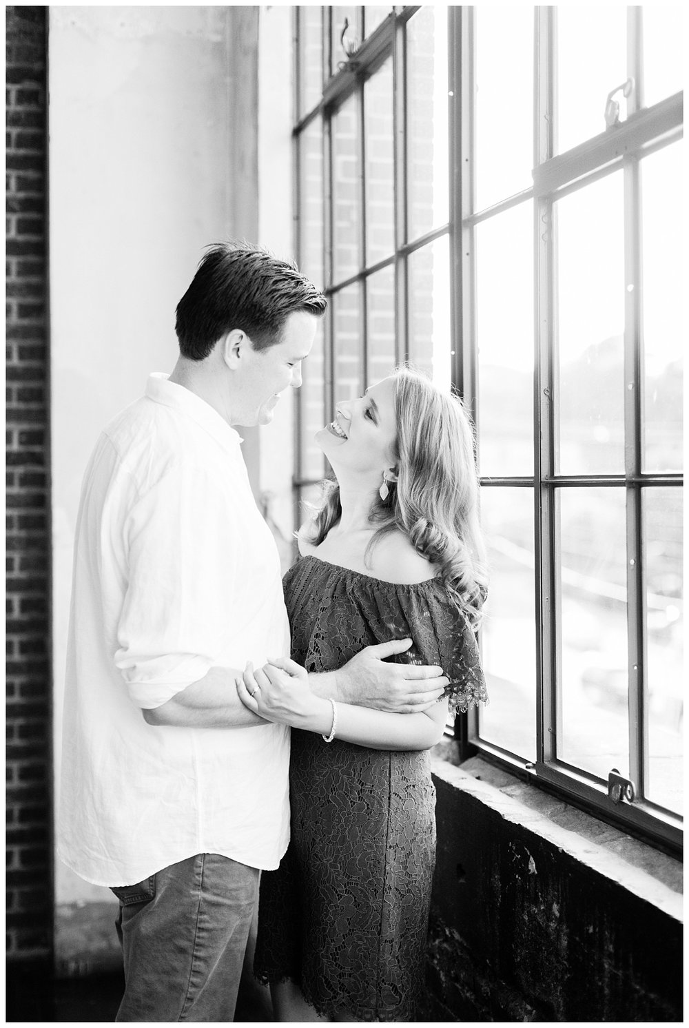 Engagement Pictures_KIm and Hamish_Abby Breaux Photography_Atlanta_Ponce City Market_Jackson Street Bridge_0015.jpg