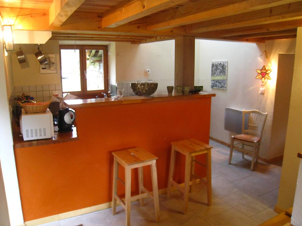 ASCA - Roubière - Bar cuisine.jpg