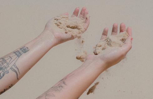 Online:como transformar o fim em energia de criação? - Em 19/09, com Marina NicolaiewskyNesse papo online,vamos explorar como a expressão dos nossos sentimentos através da arte podem ser um mecanismo fundamental para ressignificarmos nossa relação com o luto. Aberto para não assinantes. Se quiser participar, se inscreva aqui.