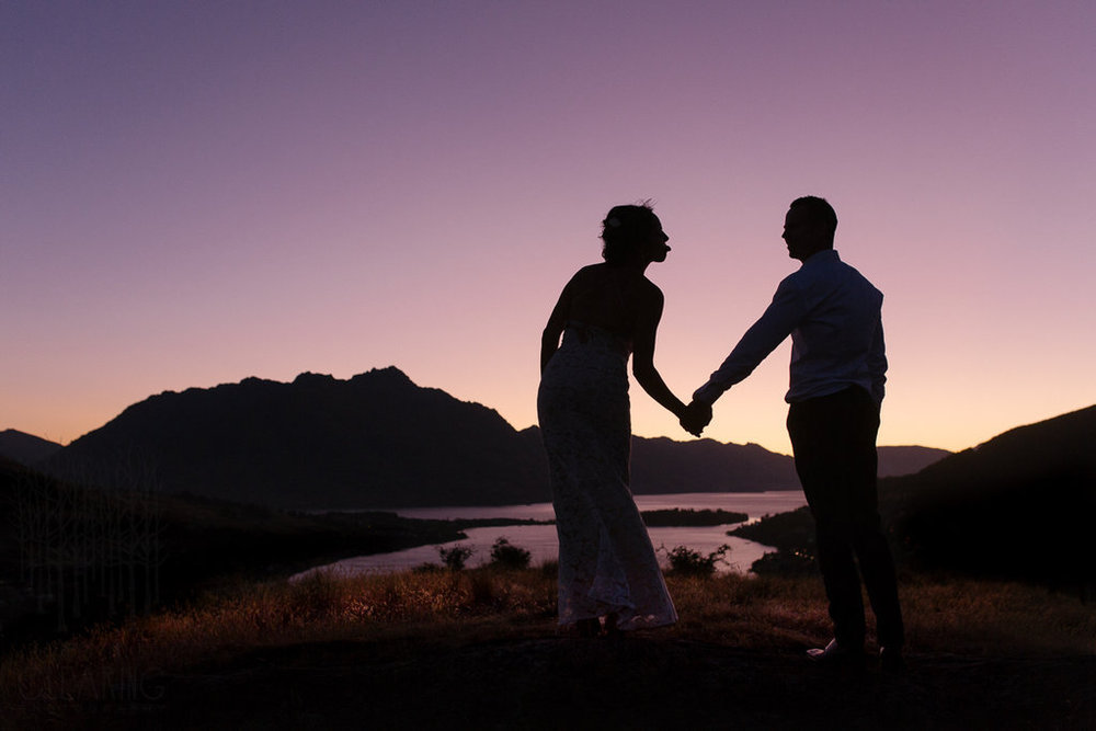 Stunning nightime wedding photo | Wanaka Wedding Make-up | www.roadtobeauty.co.nz | photography by Into the Clearing |