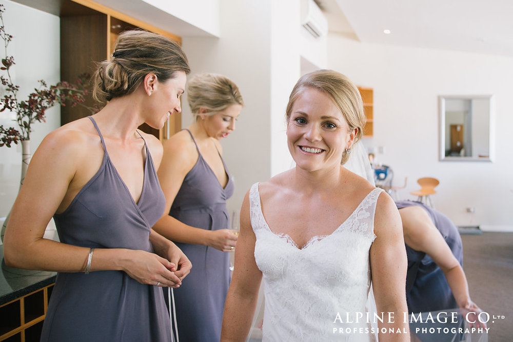 Emily and her beautiful bridesmaids | Rippon Vineyard Wedding | Wanaka Wedding make-up | www.roadtobeauty.co.nz