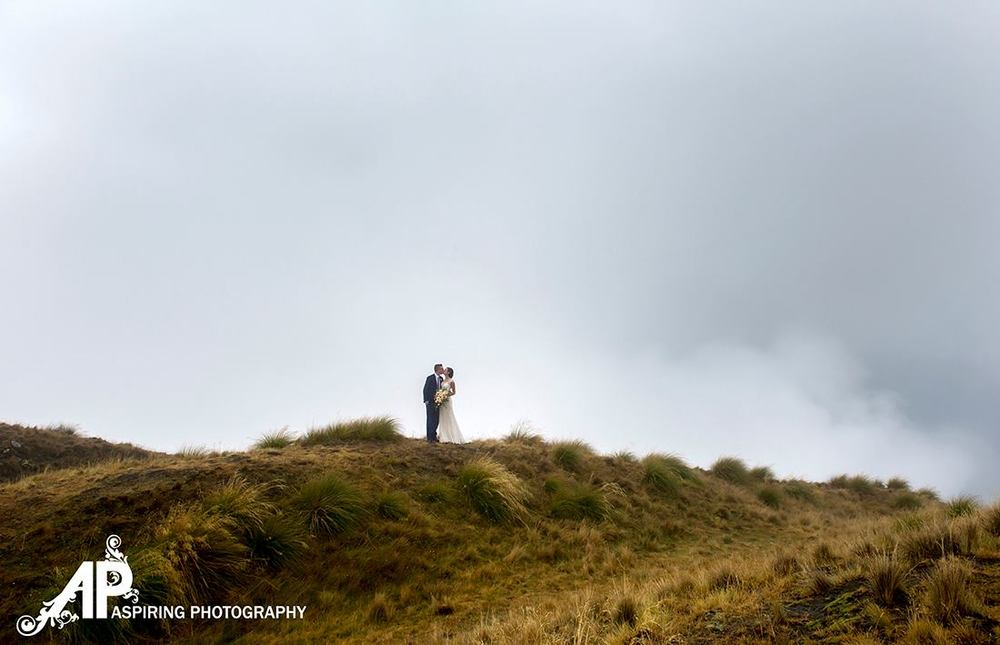 Wanaka helicopter wedding | Kelsi's Wanaka Wedding | Wanaka Wedding Hair and Make-up | www.roadtobeauty.co.nz