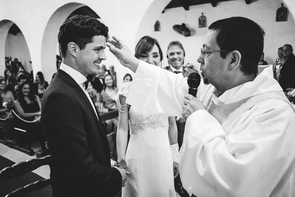 casamientoencausana-bodaencausana-fotografodecasamientoencordoba-fotografodebodaencordoba-fotoespontanadecasamiento-fotoespontaneadeboda-Malagueño-iglesiademalagueño (80).jpg