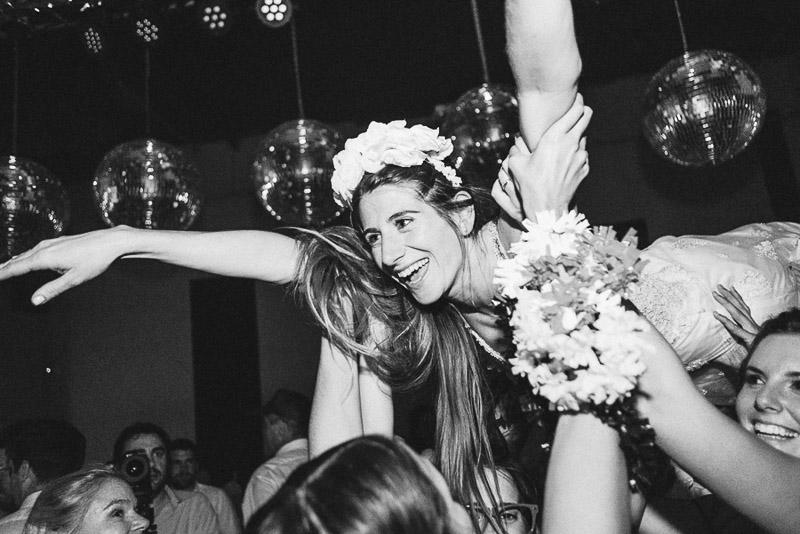 la novia voladora