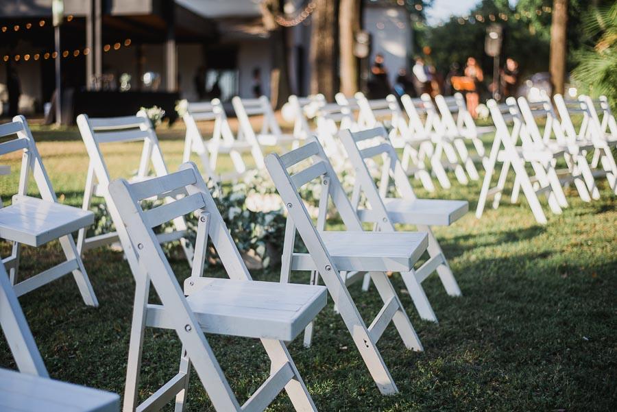 datelle de las sillas del espacio para la ceremonia civil
