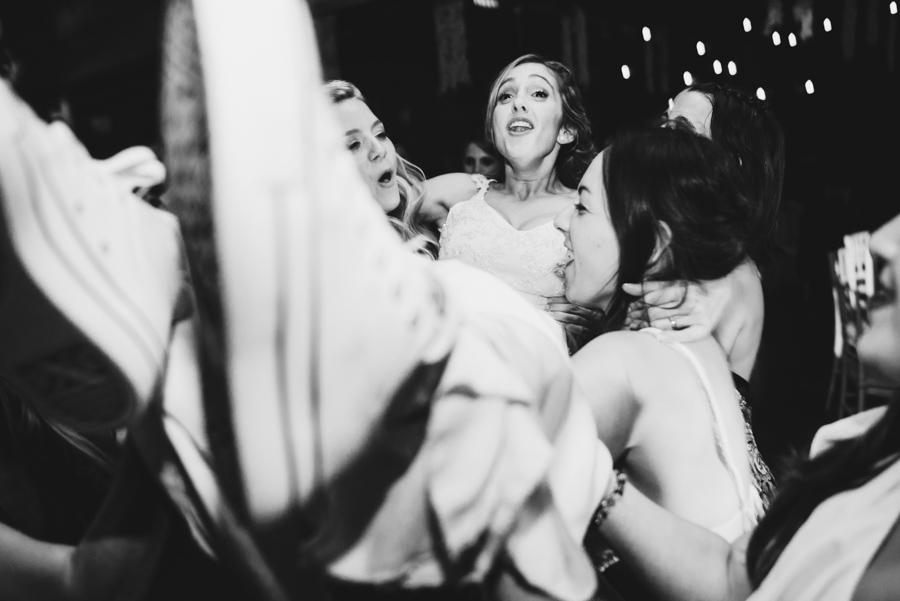 tradición la novia en el aire