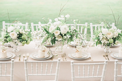 Little cakes! I ♥️ them. Featured on @heyweddinglady from a beautiful story by @cristinacalvertsignature @petalsandpromises and @mandaweaver at @hyattchesapeake  designed & styled by @cristinacalvertsignature fine art photography @mandaweaver on location at @hyattchesapeake florals from @petalsandpromises fine china from @sashanicholas mini cakes by @catherinegeorgecakes heirloom ring @trumpetandhorn hair Jen Tremper for @updosforidos makeup @blushedbeautystudio models @maddiesterrett & @adammorrispeters invitation design @susanwilsondesigns hand died silk ribbon @tornandtied velvet linens from @bbjlinen shoes @alexandrebirman gown @bhldn & jennyyoonyc suit @jcrewmens