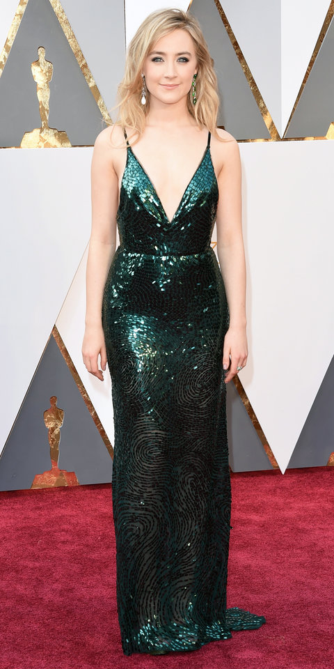 Saoirse Ronan 2016 Academy Awards red carpet