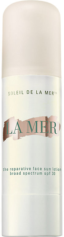 pool bag essential - la mer sunscreen