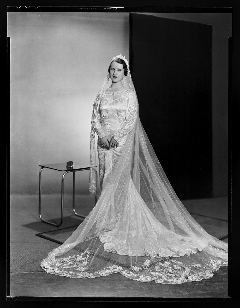 Museum of New Zealand: Mrs AJ Jeavons Wedding, Spencer Digby Studios, 1936