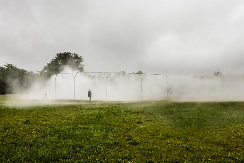 olafur-eliasson-versailles-fog-assembly-01.jpg