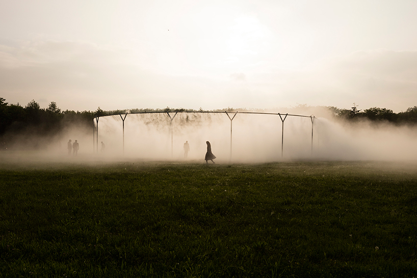 olafur-eliasson-versailles-fog-assembly-02.jpg