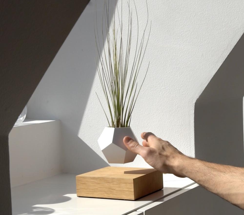 abbastanza Lyfe, i nuovi vasi da fiori magnetizzati che permettono al tuo  OH91