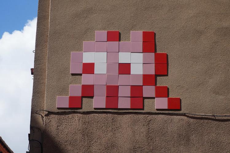 invader-streetart-tolosa-01.jpg