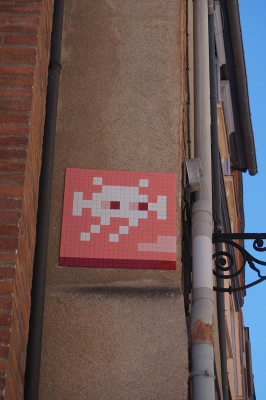 invader-streetart-tolosa-09.jpg