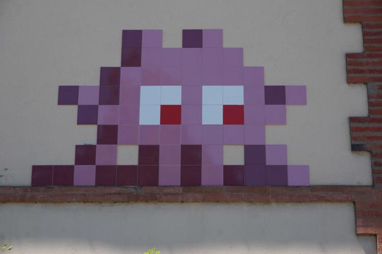 invader-streetart-tolosa-10.jpg