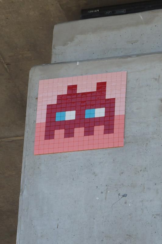 invader-streetart-tolosa-12.jpg