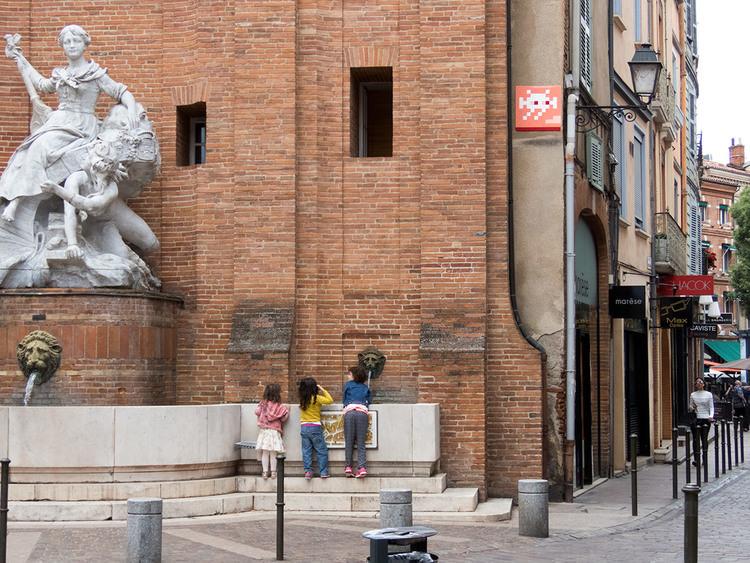 invader-streetart-tolosa-15.jpg