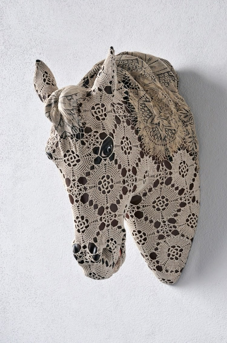joana-vasconcelos-sculture-bestiary-02.jpg