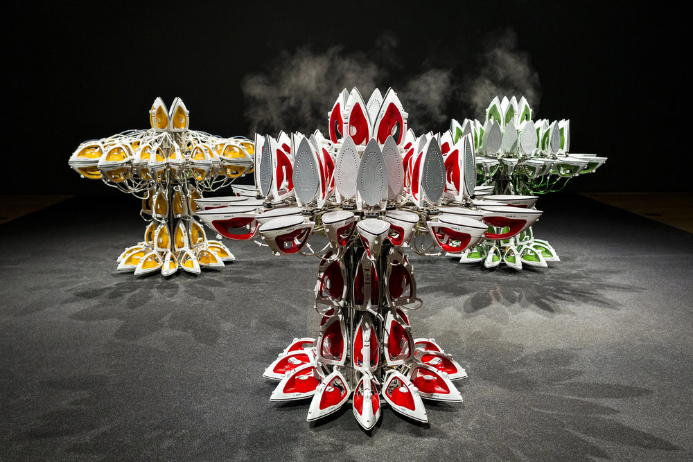 "Joana Vasconcelos, ""Full Steam Ahead"" series, 2012-2014; Foto: Luis Vasconcelos; Courtesy Unidade Infinita Projectos"