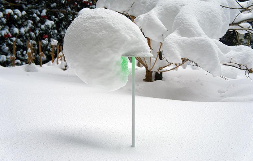 """Toshihiko Shibuya, installazione """"Snow Pallet 9"""", anche il vento concorre a modificare il risultato"""