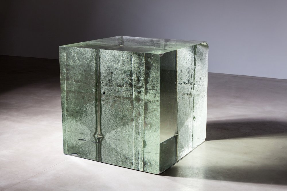 "ai weiwei, ""crystal cube"", 2014 , scltura in cristallo, courtesy ai weiwei studio"