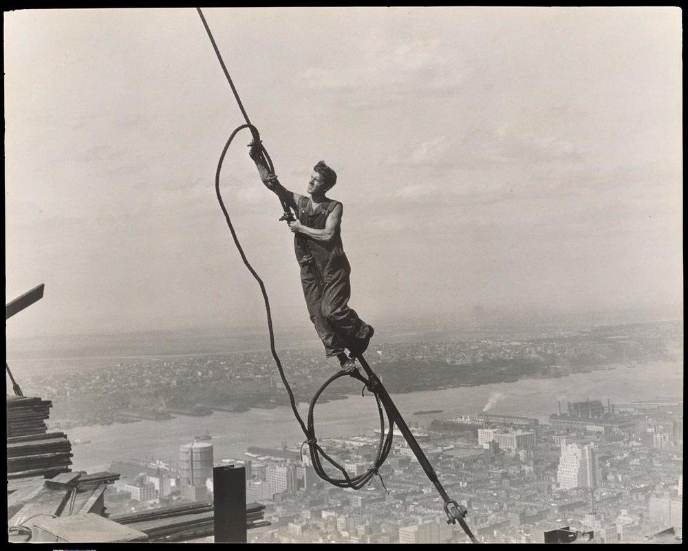 Lewis Hine, Icarus Empire State Building, 1930