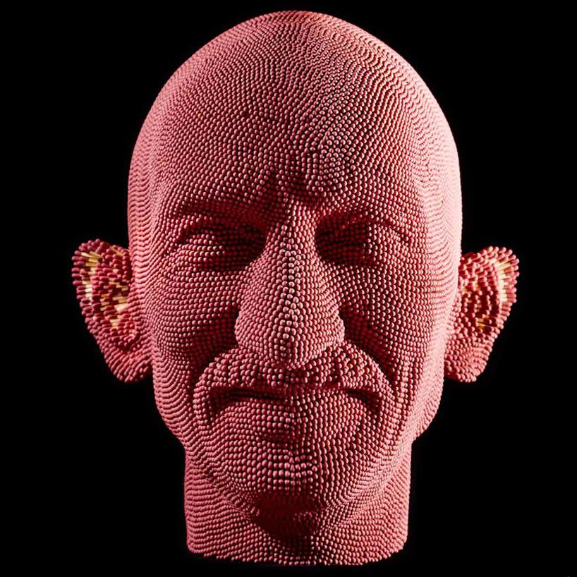 'gandhi', 2008 by david mach scultura di fiammiferi (foto designboom)