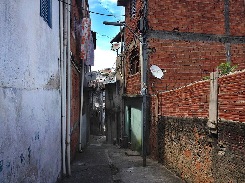 Boa Mistura, Luz nas Vielas, 2017, location prima dell'intervento di street art