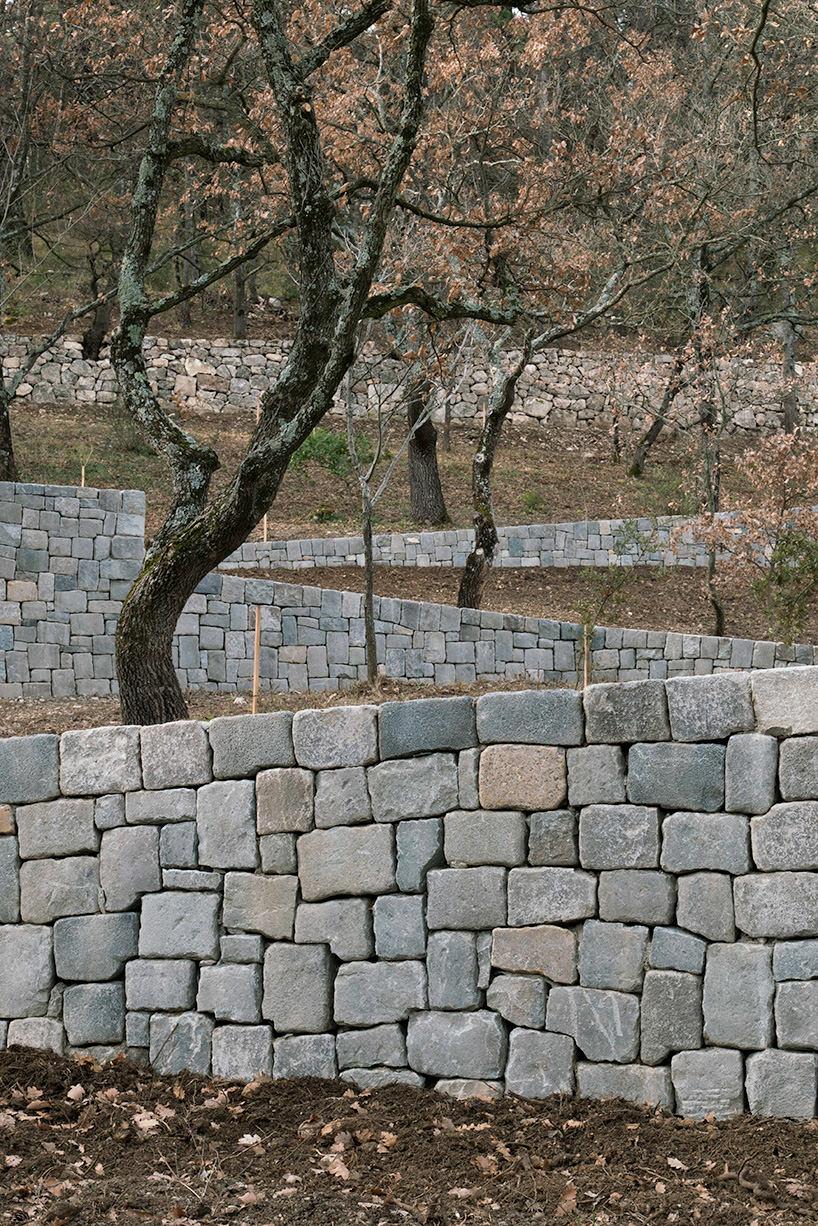 ai-weiwei-ruyi-path-03